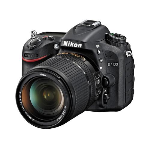 Nikon D7100 + Kit 18-140mm VR