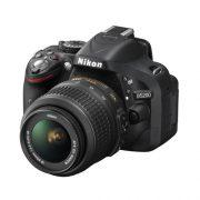 Nikon D5200 + Kit 18-55mm VR II-b